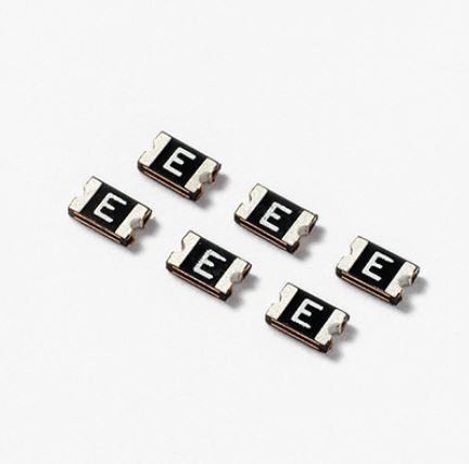 LITTELFUSE -0805L 系列 - POLYFUSE®無鉛表面貼裝型自恢復PPTC 0805L300SLWR