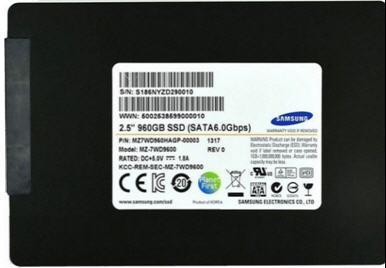 SAMSUNG SSD --SV843
